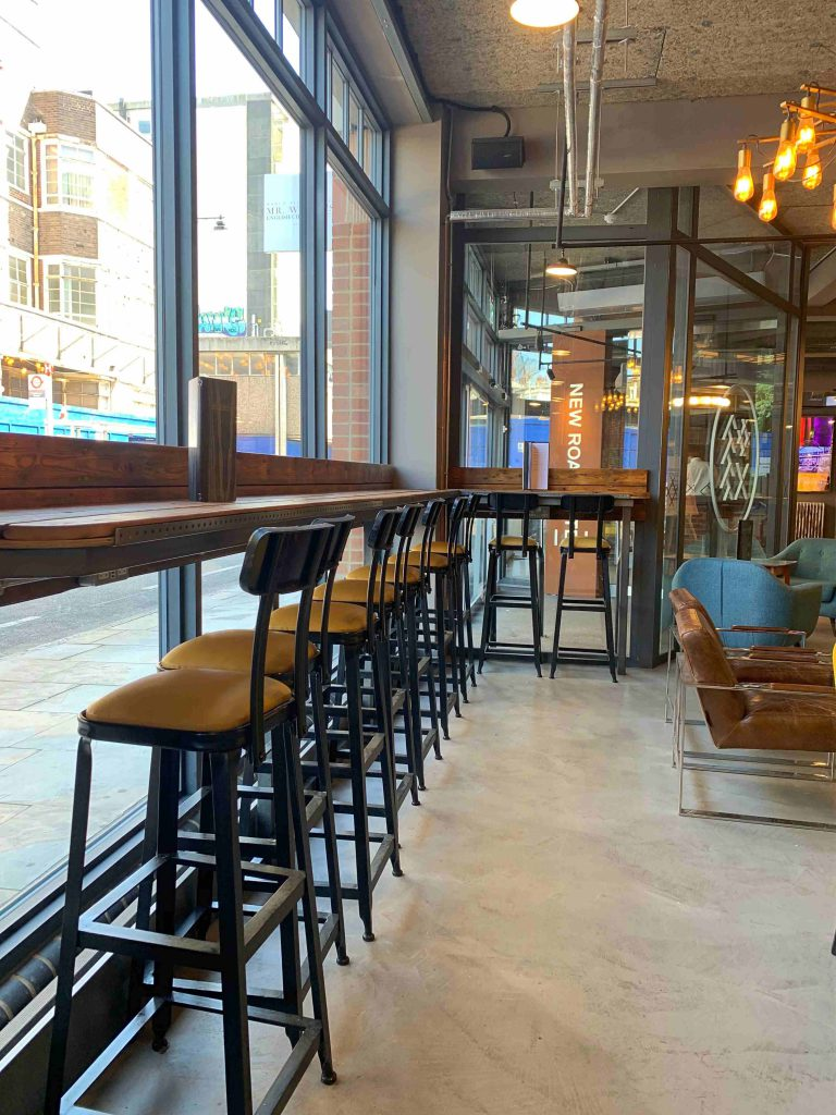 New Road Hotel Free Workspace area in Aldgate East