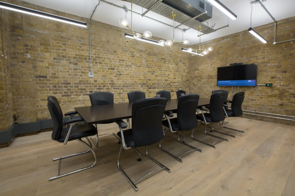 Boutique Workplace London Bridge meeting room - boardroom
