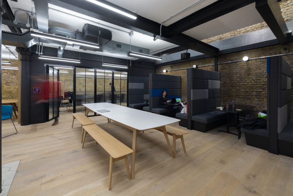 Boutique Workplace London Bridge meeting booths