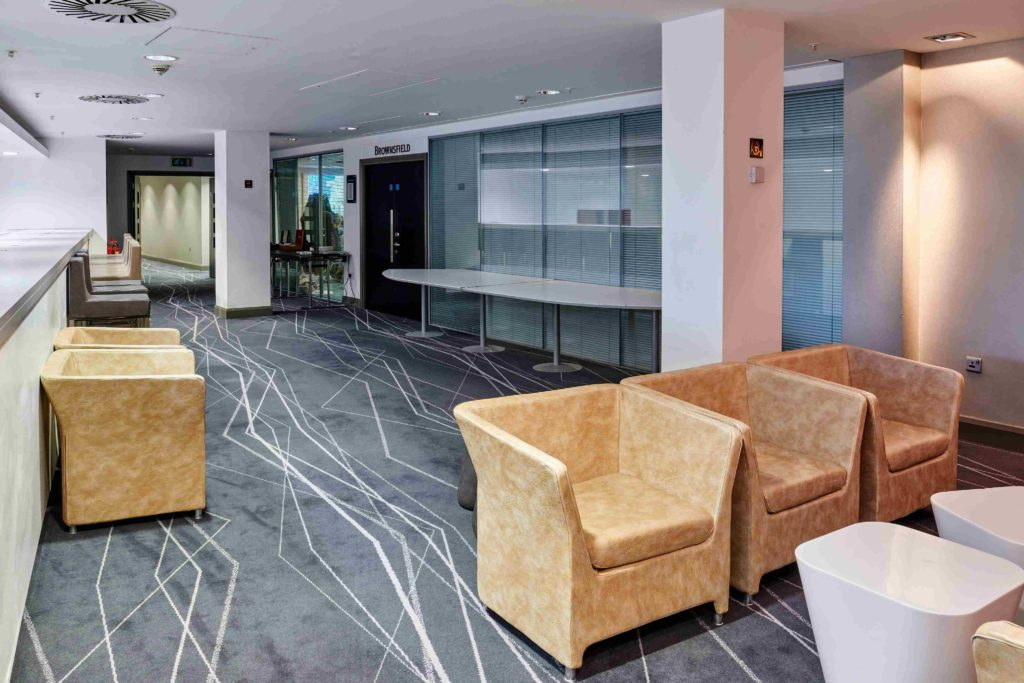 Glasshouse - Crowne Plaza Manchester meeting rooms for freelancers and remote workers with free coffee