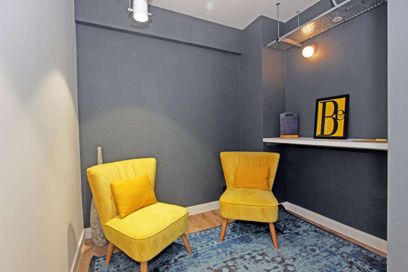 Areaworks Farringdon coworking space and lounge area
