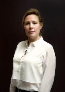 Portrait of investor Lynn Nathan
